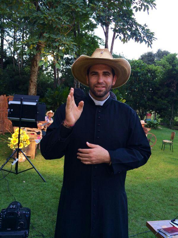 Padre Junior Periquito