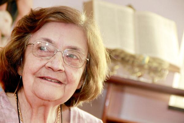 Franca/SP - Entrevista de Domingo, Maria Teodora Silveira, Tia Lolita, idealizadora do Hallel. - 15/09/2010 - Foto: Tiago Brandão