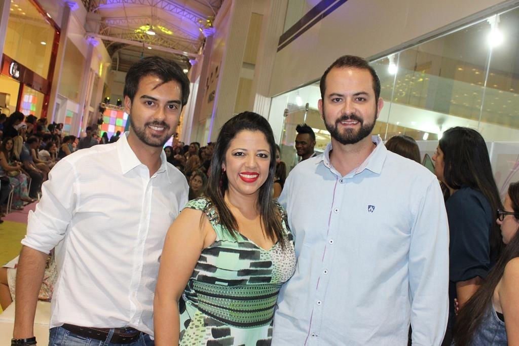Rafael Cintra Taveira (gestor administrativo), Simone Martins (coordenadora de marketing) e Danilo Lima (gestor comercial)
