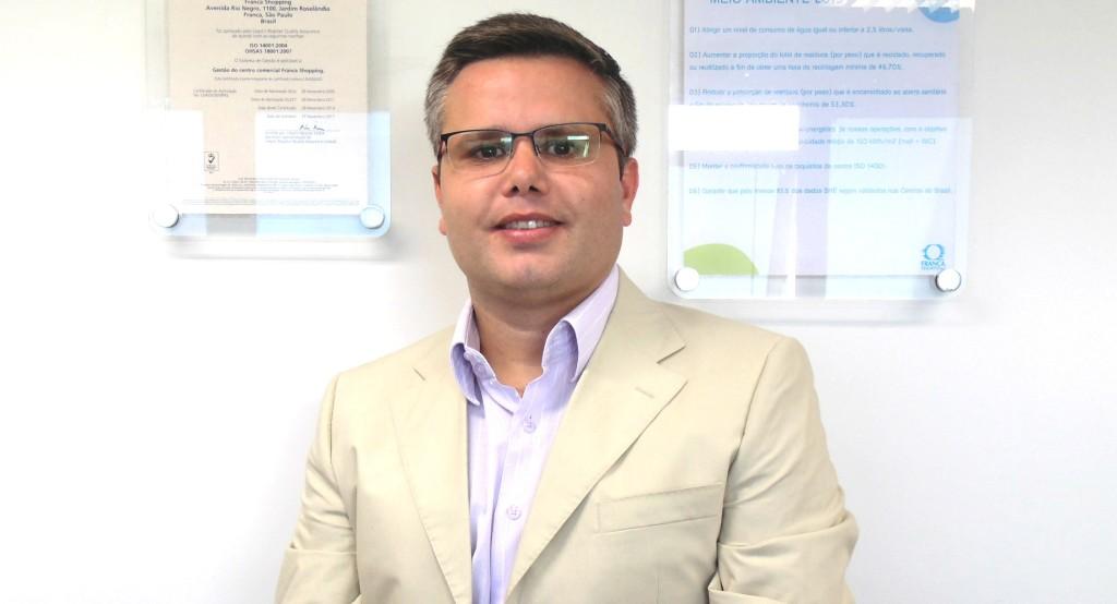 Maurício Morelato - Cópia