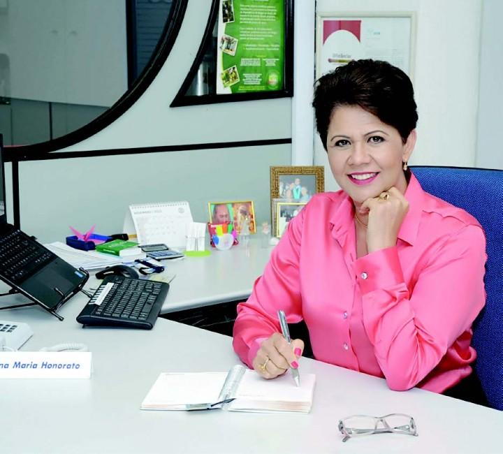 Edna-Honorato-diretora-do-Consórcio-Luiza