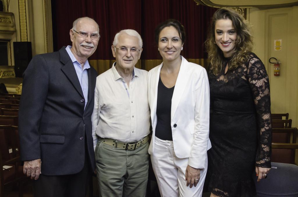 Presidente da Feira Nelson Jacintho, Edgard de Castro, Adriana Silva e Viviane Mendonça