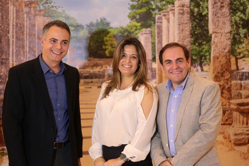 Felix Diez, a embaixatriz Françoise Amiridis e Marcos Botelho