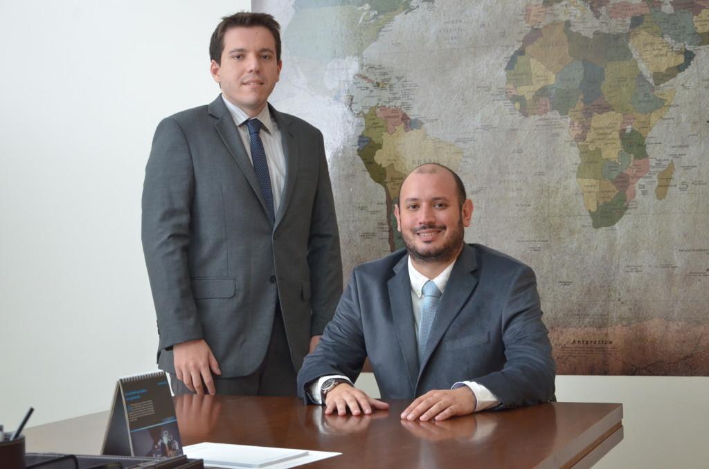 Fábio Wichr Genovez e Adalberto Griffo Junior Advogados da Assessoria Jurídica da Acif