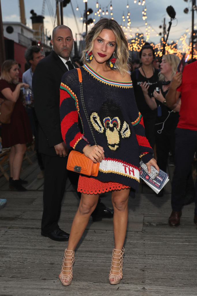 NEW YORK, NY - SEPTEMBER 09:  Giovanna Ewbank attends the #TOMMYNOW Women's Fashion Show during New York Fashion Week at Pier 16 on September 9, 2016 in New York City.  (Photo by Neilson Barnard/Getty Images for Tommy Hilfiger)