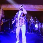 Levi Lima e o Jammil e Uma Noites no palco