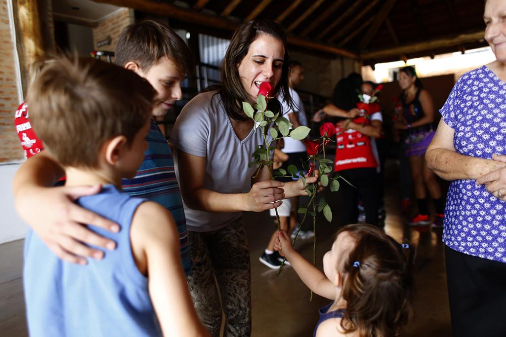 Caminhada dias das mães - Run 4 Life - Espaço Madeiro - Fotos Marcos Limonti (9)