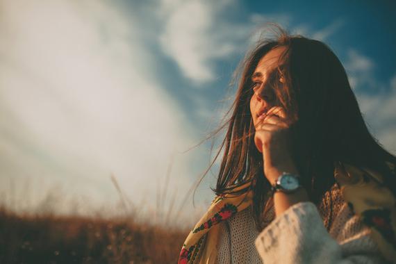 10-pensamentos-toxicos-que-estao-bloqueando-sua-felicidade11-4-thumb-570