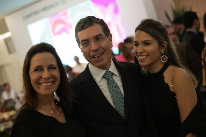João Paulo Fortes Guimarães, Adriana Fortes e Ana Carolina Fortes