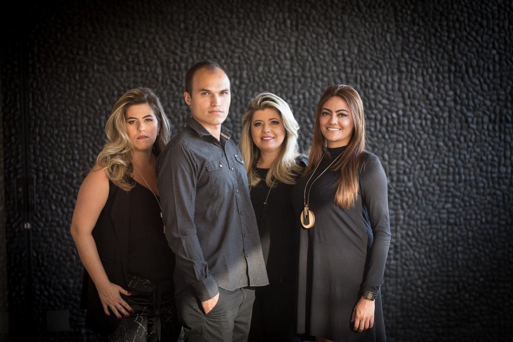 Ângela Dorascenzi, Mônica Costa, Estela Martins e Yuri Miranda - Espaço 4 Elementos
