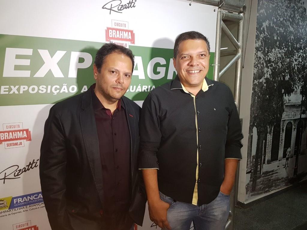 01 - José Lázaro do Nascimento Júnior, da Badalasom, com Fábio Prates, produtor artístico da Prates & Prates, no lançamento da Expoagro 2018