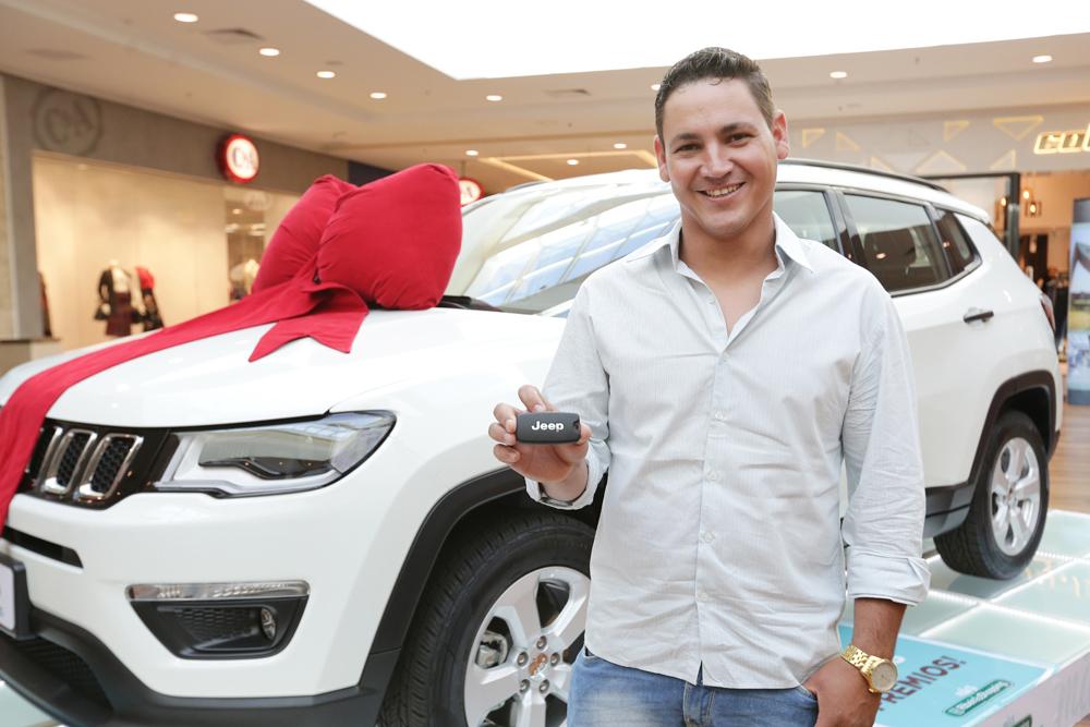 Levi L_ Pereira de São Carlos foi contemplado com um novo Jeep Compass